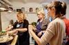 Clase de cocina con una abuela local: Clase de cocina práctica