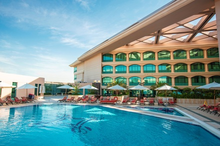 ✈ UNITED ARAB EMIRATES | Dubai Roda Al Bustan 5* Outdoor swimming pool
