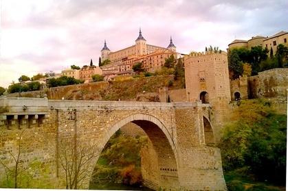 Excursión de un día a Toledo y Segovia y obtenga un recorrido gratuito por la ciudad de Madrid