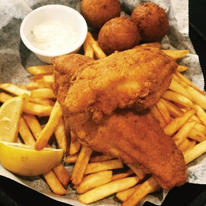 $15 for $30 Worth of Fresh Seafood & Beverages