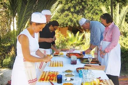 Promozione Servizi Groupon.it Lezione di cucina in un museo di arte moderna di Agrigento