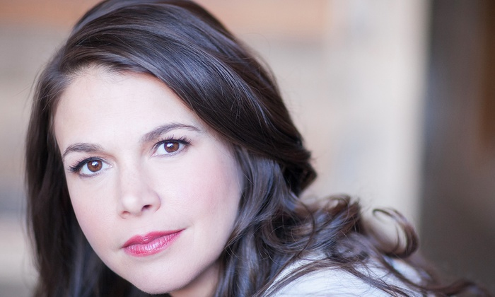 Boston Symphony Hall - Fenway - Kenmore - Audubon Circle - Longwood: A Broadway Evening With Sutton Foster