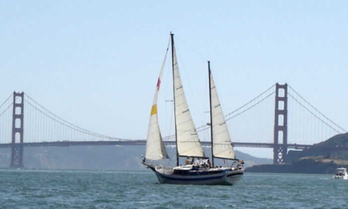 The Privateer - Fisherman's Wharf: Golden Gate Bridge Champagne or Mimosa Cruise