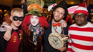Chicago Bars: Halloween Trolley Bar Crawl at Chicago Bars