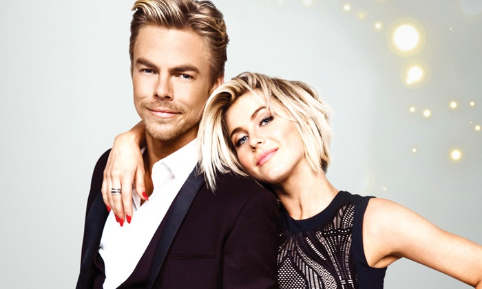The Chicago Theatre - The Chicago Theatre: Move Live on Tour Starring Julianne & Derek Hough at The Chicago Theatre