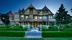 Winchester Mystery House: Daytime Mansion Tour at Winchester Mystery House