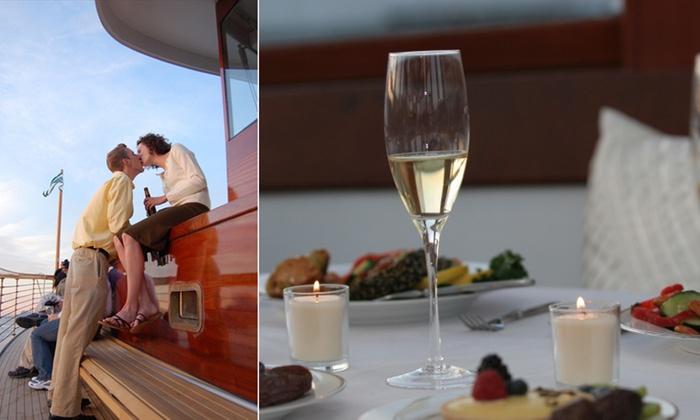 Yacht Manhattan - New York: Champagne & Aphrodisiac Cruise at Yacht Manhattan