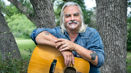 Hal Ketchum at The Cave