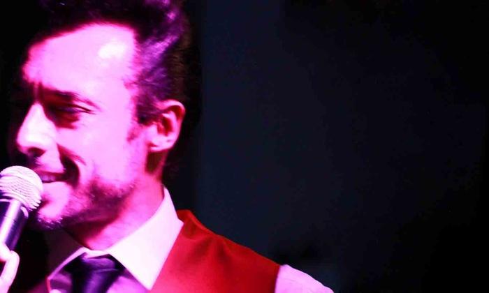 Cafe Wha? - Downtown Manhattan: Crooner Carlos Dias at Cafe Wha?