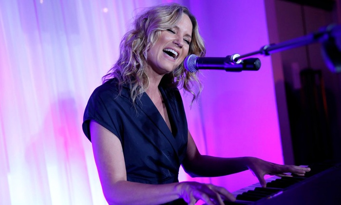 Celebrity Theatre - Celebrity Theatre: Country Singer Jennifer Nettles at Celebrity Theatre