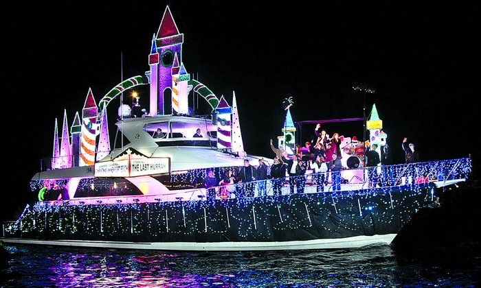Davey's Locker Ships - Newport Beach: Christmas Boat Parade Cruise: Newport Harbor at Davey's Locker Ships