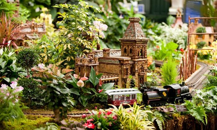 New York Botanical Garden - Bronx Park: New York Botanical Garden's Holiday Train Show at New York Botanical Garden