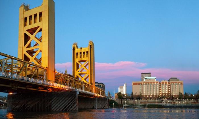 Hornblower Yachts Sacramento - Old Sacramento: One-Hour Historical Sacramento River Cruise