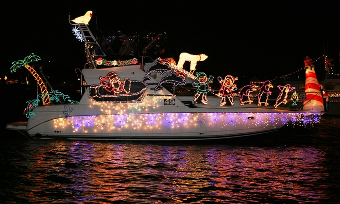 Newport Beach Christmas Boat Parade At Landing Cruises