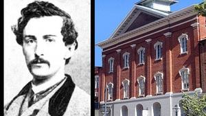 Penn Quarter via Capital Photo History Tours: Lincoln Assassination Tour at Penn Quarter via Capital Photo History Tours