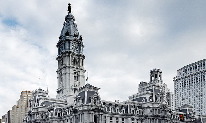 Dilworth Park - Center City West: Center City Holiday Walking Tour at Dilworth Park