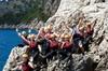 Experiencia para grupos pequeños de salto de un acantilado en la Si...