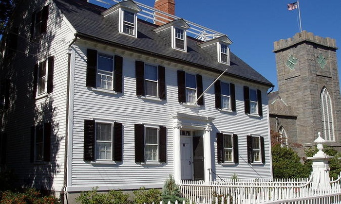 Salem Historical Tours - Boston: TV & Movie Sites Tour