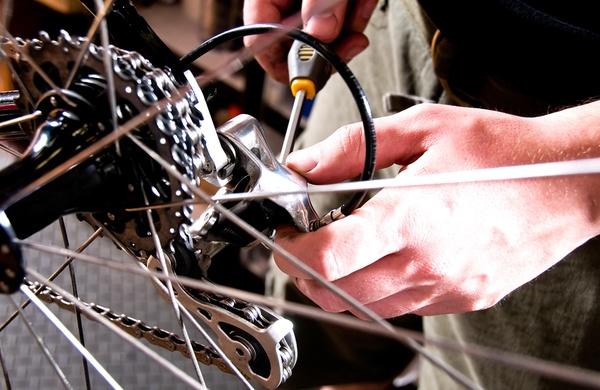 riparazione bici