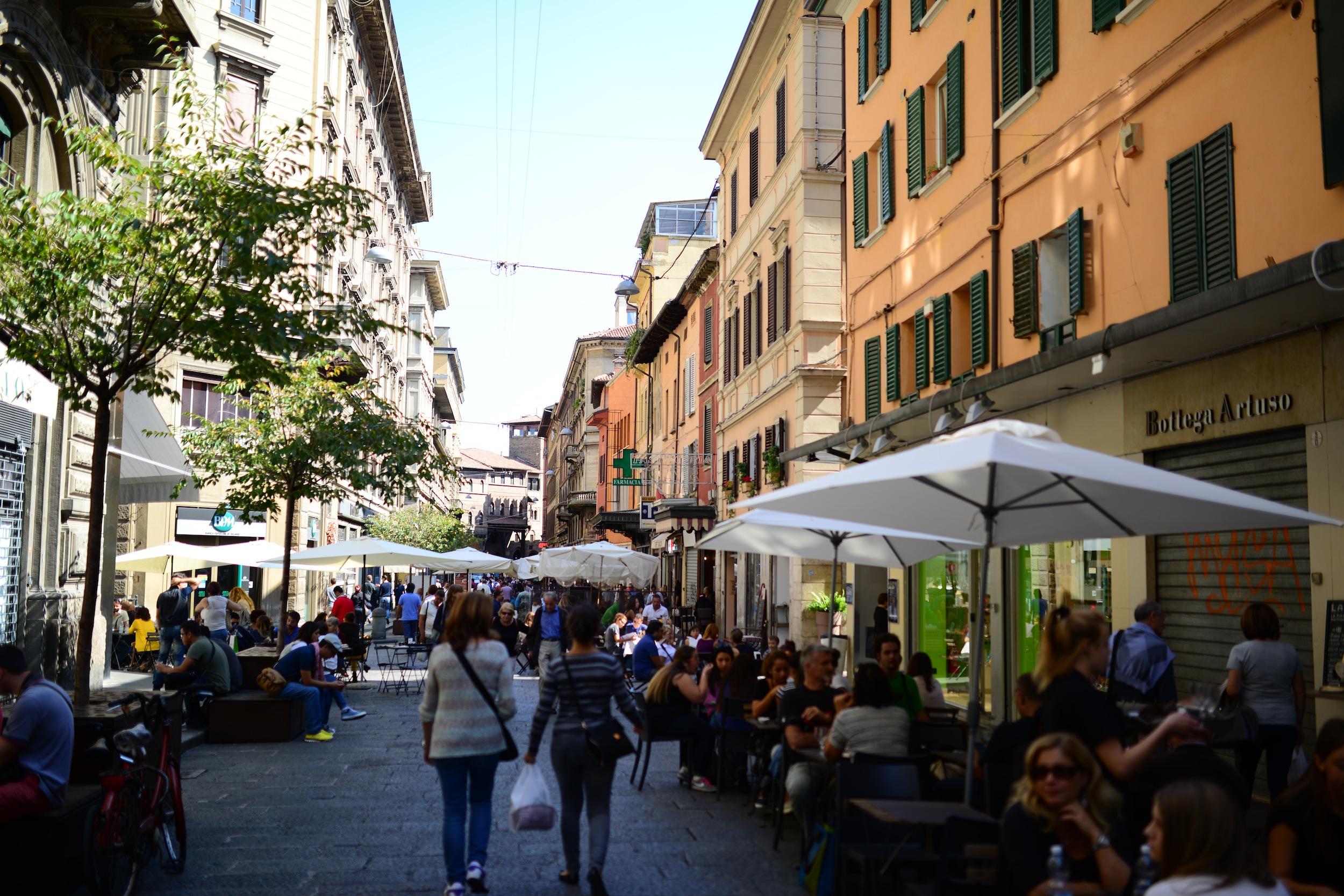 Aperitivo a Bologna: 5 imperdibili locali storici