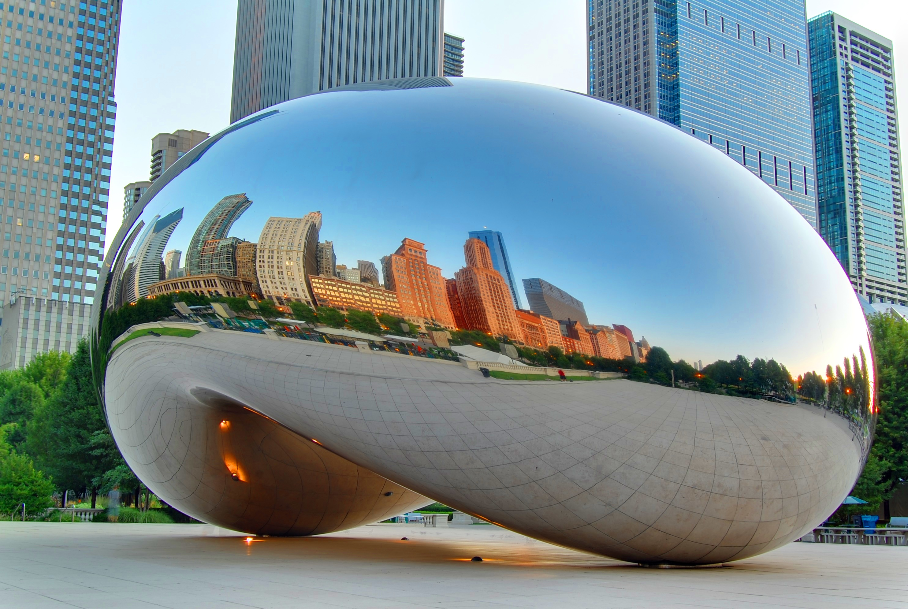 see it or skip it cloud gate or the bean in chicago