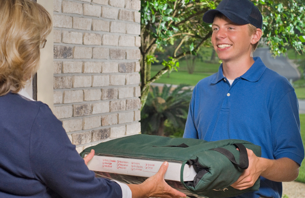How Much To Tip The Delivery Driver? A Pizza Guy On Tipping Etiquette