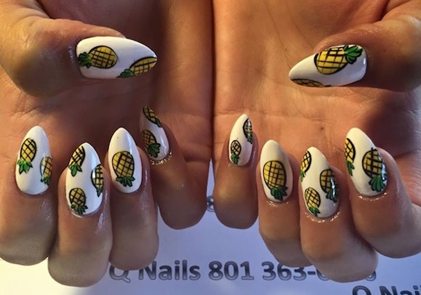 pineapple manicure