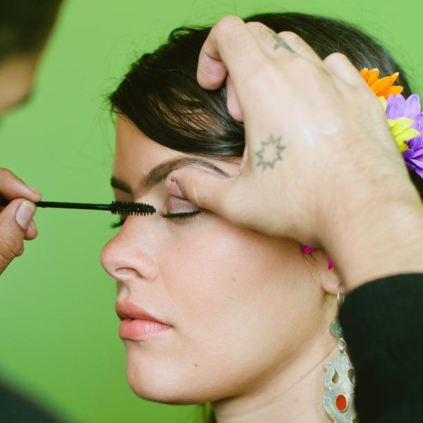 Blood-Free-Halloween-Makeup-Frida-Kahlo_Finish_600c600