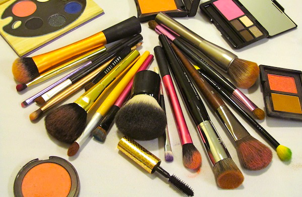 how to keep your makeup brushes from ruining your skin