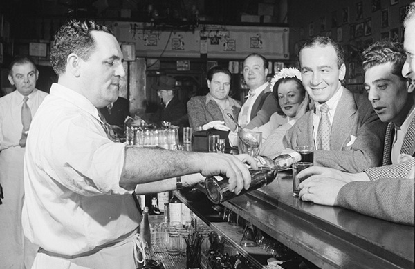 A Professor of Saloon History on the Makings of a Great Corner Bar