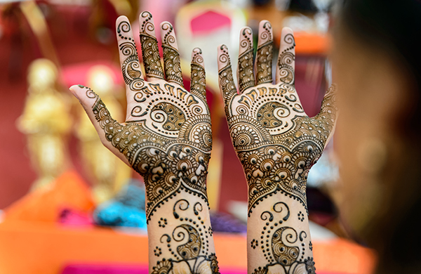 A Beginner's Guide to All Things Henna Intricate Designs
