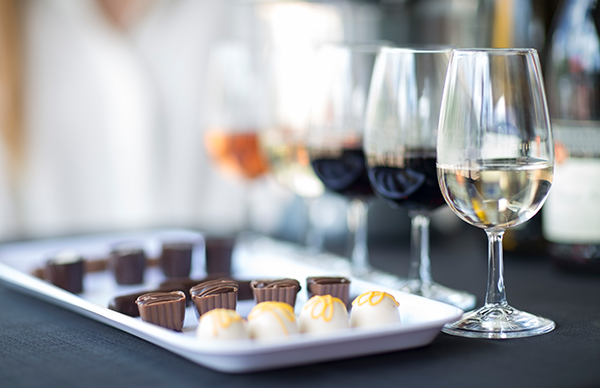 These Wine and Chocolate Pairings Make Cute Couples