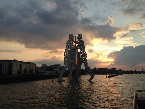 Molecule Man, Spree, Berlin