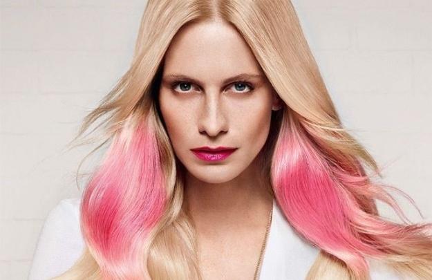 Splashlight, la nuova tendenza per capelli più lucenti