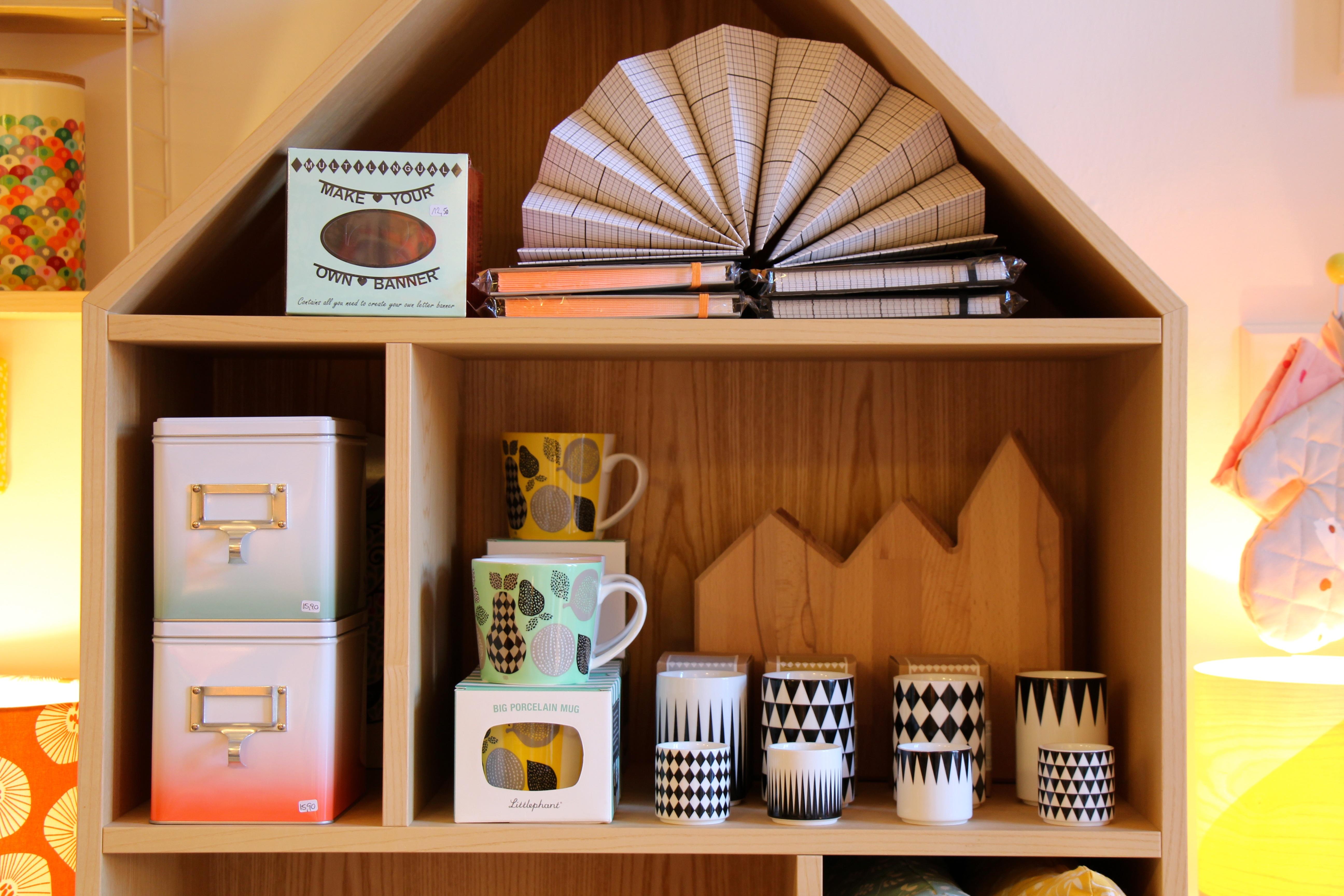 Ordnungshelfer und Küchenaccessoires im Hausen
