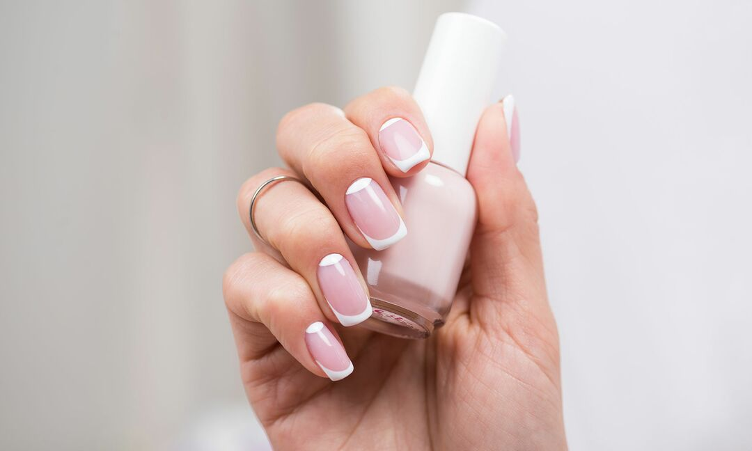 Modern french manicure