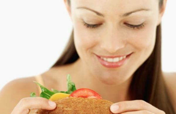 Dieta: i 10 trucchi per non perdere il buonumore