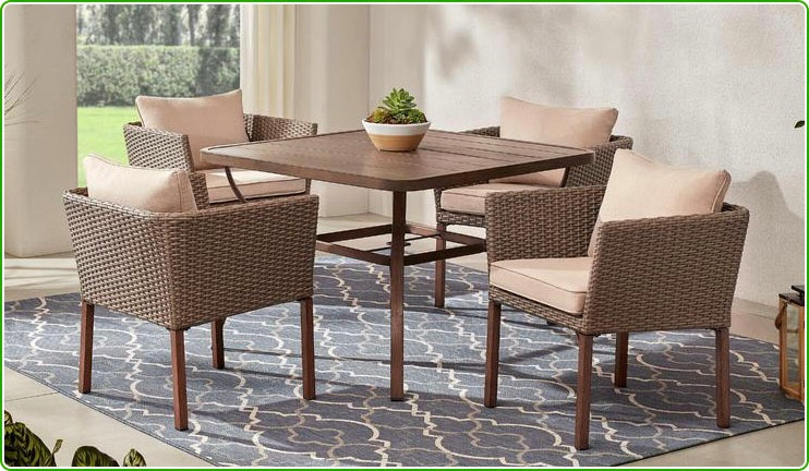 Wicker Table with 4 chairs for patio