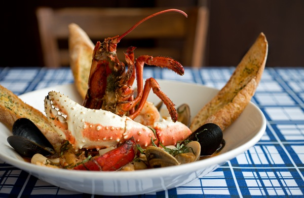 navy-piers-most-requested-server_cioppino_600c390