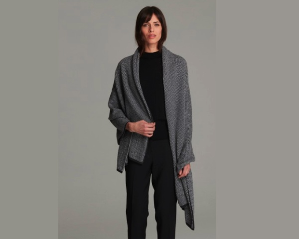 Best Travel Gifts, cashmere scarf wrap
