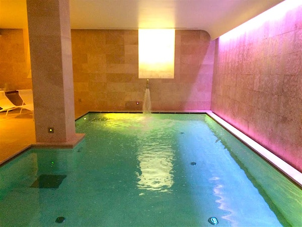 Palazzo montemartini spa relax da re e regina for Piscina wellness roma