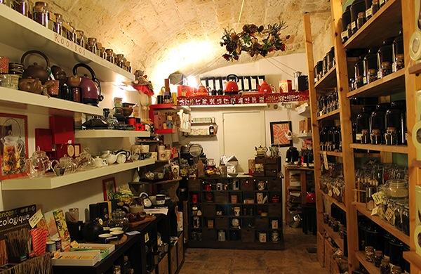 Comprare il tè a Bari? Da La Terza Luna e Peter's TeaHouse