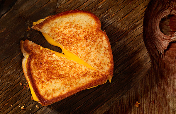 How to Make Grilled Cheese the Correct Way