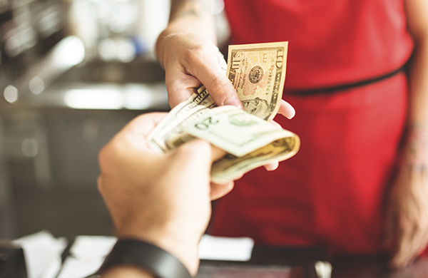 How Much to Tip at the Salon and Spa hero jpg