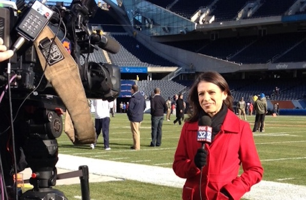 What a Bears Pregame Reporter Wears to Stay Warm