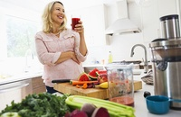 woman drinking superfoods smoothie