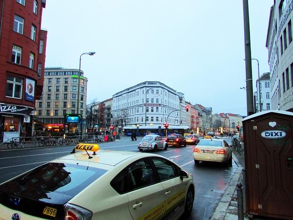 Unterwegs auf den Straßen Berlins: Die Torstraße