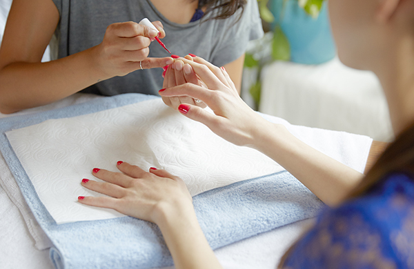 Nail Salon Etiquette 101 Tips For What Not To Do When Getting Your