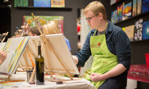 What It S Like To Attend A Painting And Wine Class With No Artistic