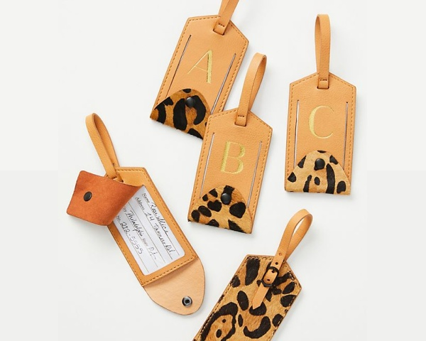 Best travel gifts, luggage tag